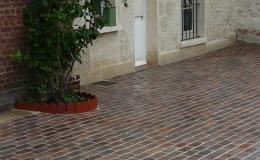 Briqueterie_dewulf_allonne-traditionnelle-brique-rouge-flamme-terrasse-sol-exterieur-trottoir