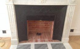 briqueterie_dewulf-allonne-restauration-cheminee-marbre-blanc-noir-plaquette-paille-rose-brique-3