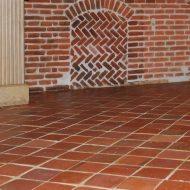 sol ancien tomette rouge traditionnel carrelage terre cuite